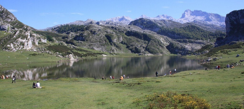 Covadonga,_lago.