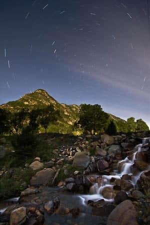 Fotografia nocturna, barranco en pirineos